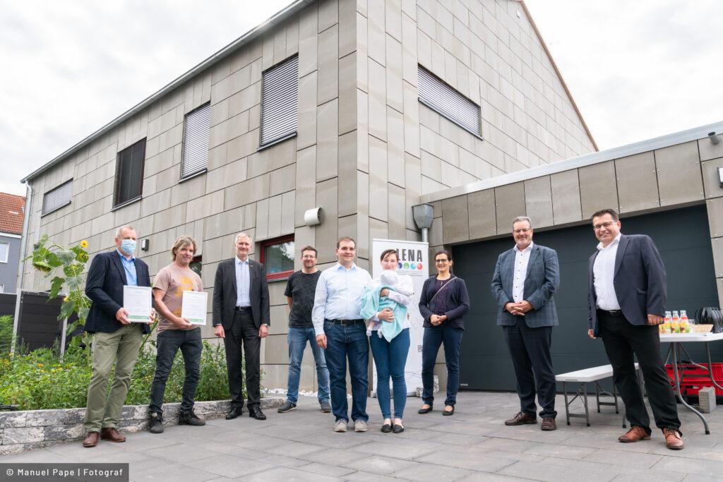 """Read more about the article """"Grüne Hausnummer Sachsen-Anhalt PLUS"""" für energieeffizientes Smart Home in Magdeburg"""